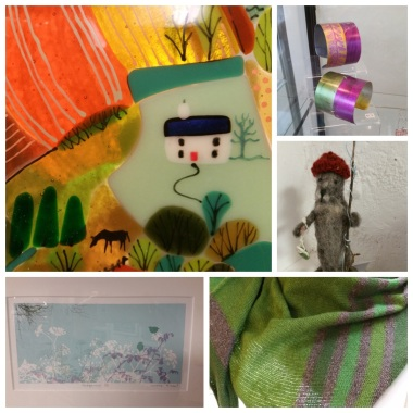Glass plaque Fran Davies, jewellery Annie Beardsley, felt mouse Chris a Rice, green scarf Buffy Fletcher, print Kerrie McNeil